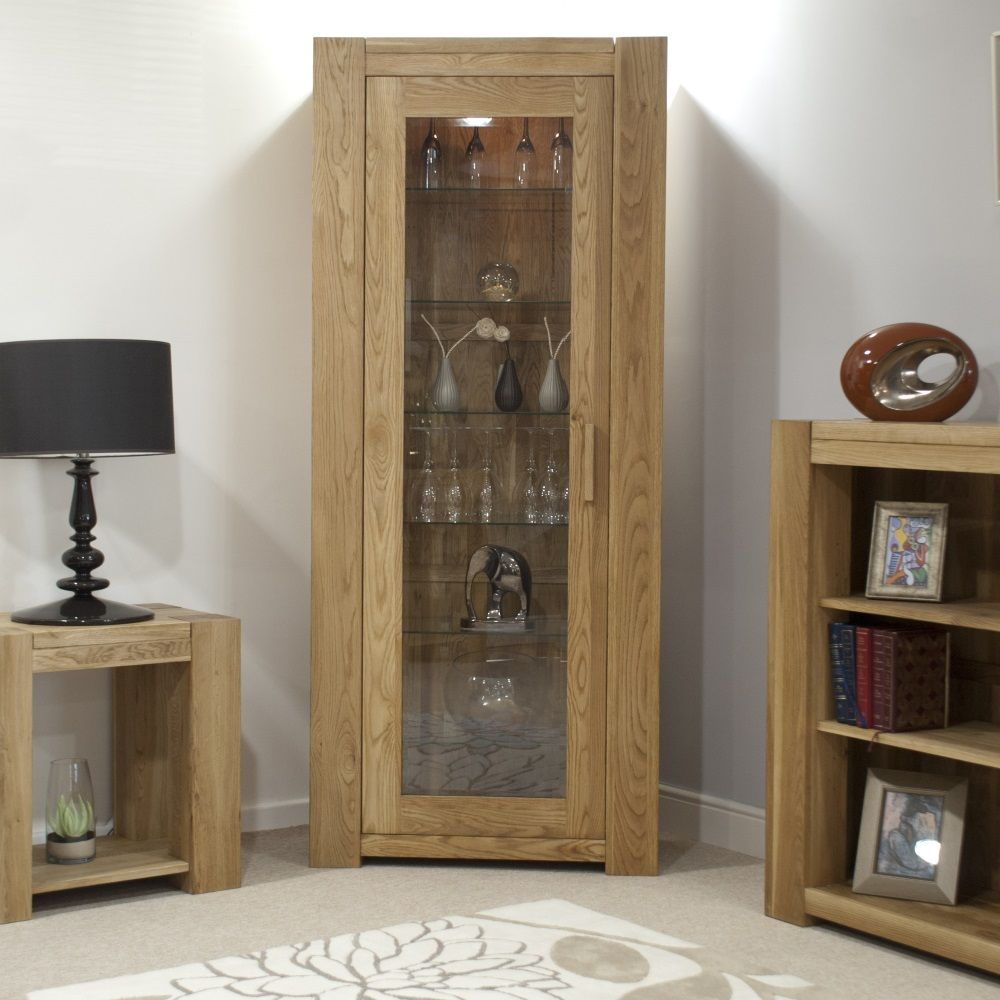 Mode Oak Bookcase with Door