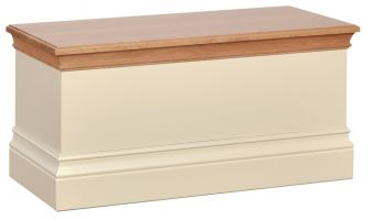 Lundy Blanket Box