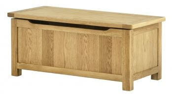 Northport Oak Blanket Box
